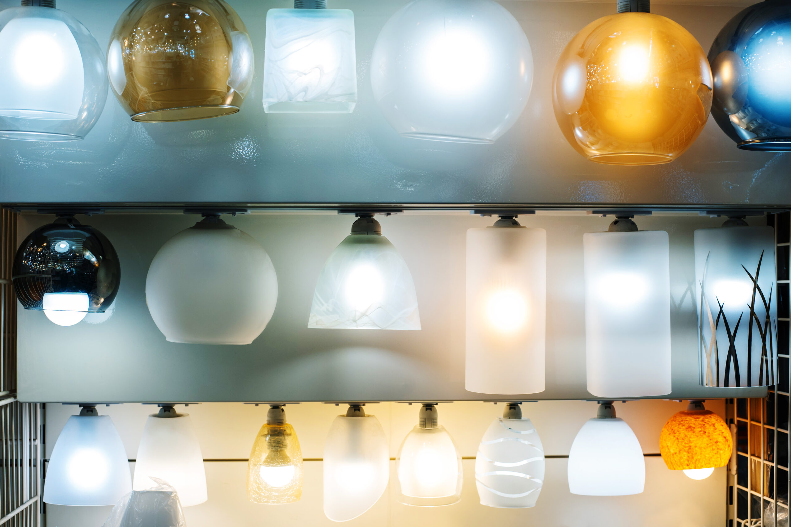 Lighting technologies: Various types of lamps in all shapes