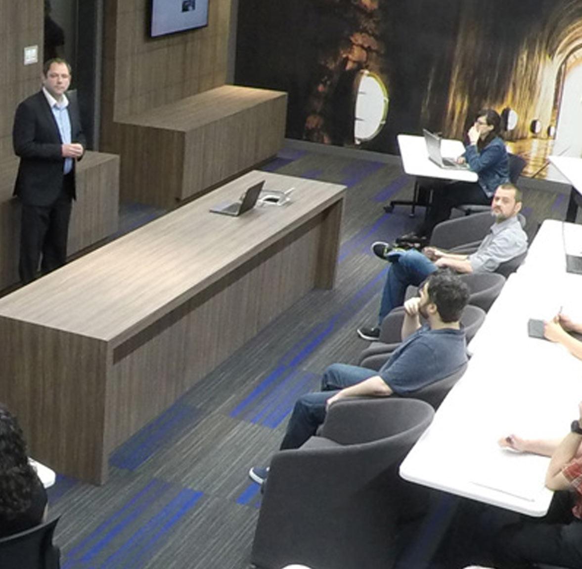 Centre de design d'éclairage et formation de l'entreprise Stanpro